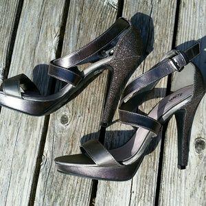 Fioni Night Silver Glitter Heels